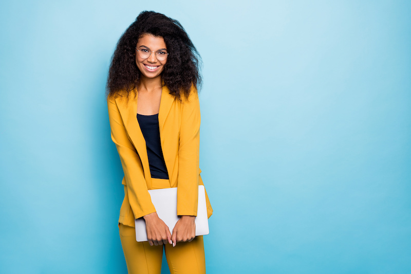 woman-in-yellow-suit